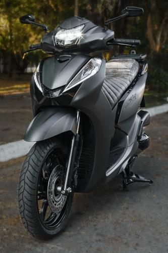 Imagem 1 de 10 de Scooter Honda Sh300i