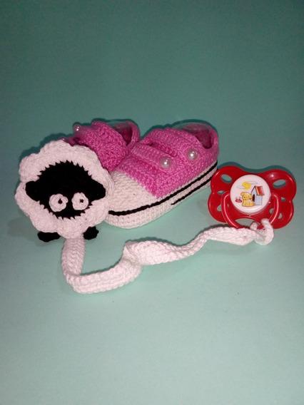 Sapatinho De Bebe Em Croche Com Prendedor De Chupeta - Faixa