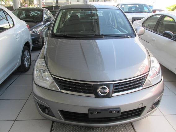 Nissan Tiida Automatico, 4 Cilindros 2008 Gris