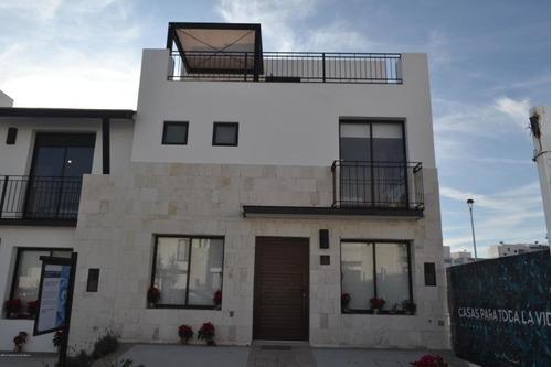 Casa En Venta En El Refugio # 20-128 Jl
