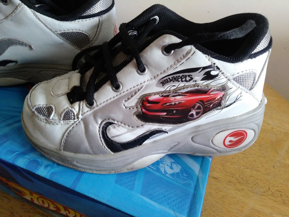 Zapatillas Hot Wheels Ruedas!! Talle 30