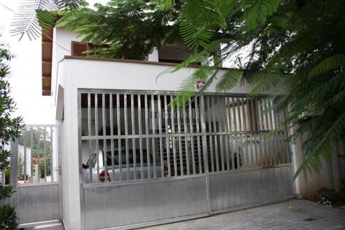 Imagem 1 de 14 de Melhor Localização Da Granja Viana Ao Lado De Todo Comércio Local. - Gv10383