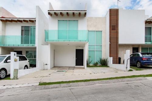 Casa En Venta En Cluster Vista Marqués En Lomas De Angelópolis