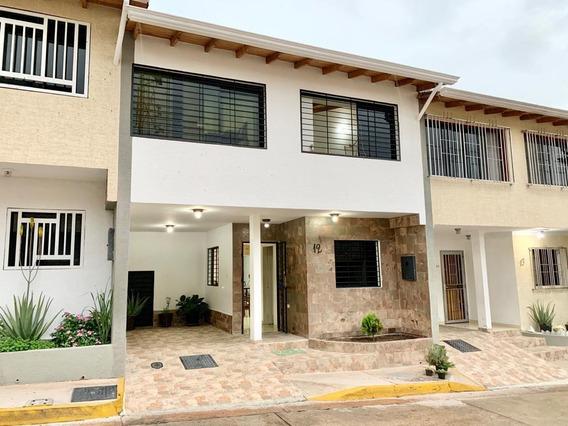 Casa En Conjunto Residencial Doña Esmelida La Machiri