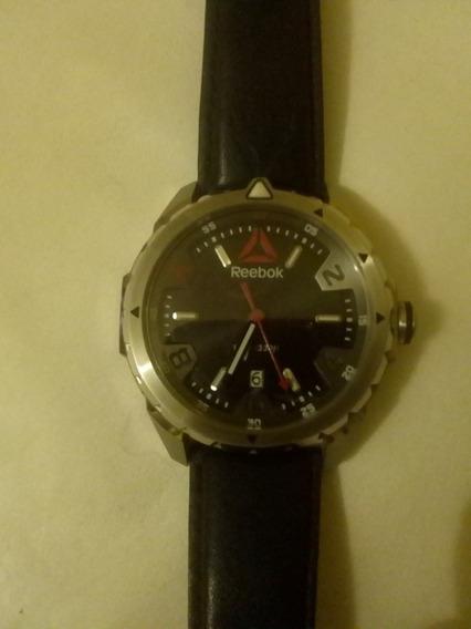 Reloj Marca Reebok Plateado Con Negro