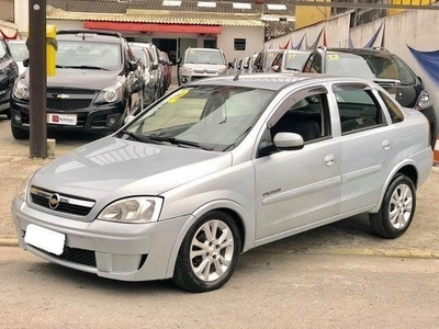 Chevrolet Corsa Sedan Premium 1.4 Prata Flex 4p Manual 2012