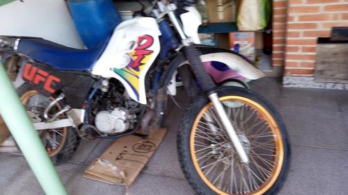 Yamaha Dt200r