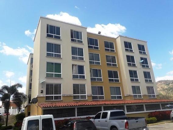 Lc Se Vende Apartamento Vista Linda Mls #20-9930
