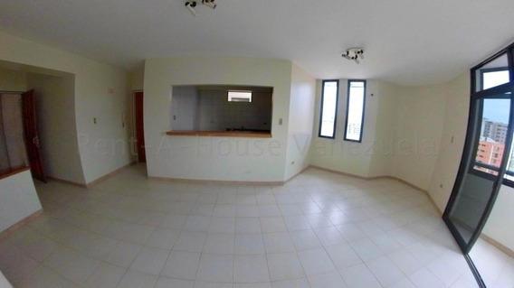 Apartamento En Venta Zona Este Bqto 20-7094 Mmm