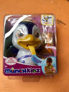 Munchkins - Pingüino - Mascota Interactiva 30 Sonidos - 03 R