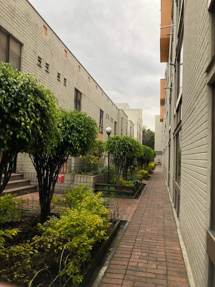 Venta De Apartamento En Santa Maria Del Lago