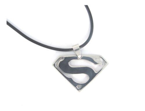 Collar Con Colgante De Superman En Acero Para Hombre