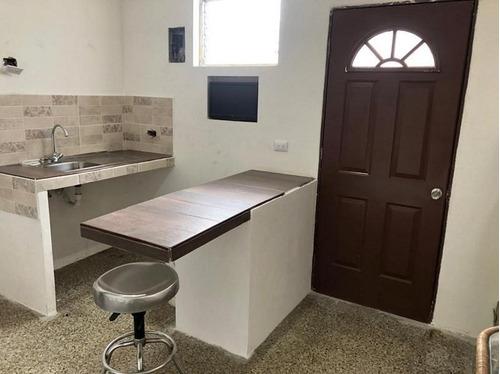 Apartamento De 1 Habitación En Renta, Zona 2 Mixco