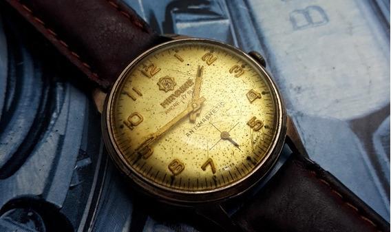 Relógio Mirvaine Corda Manual