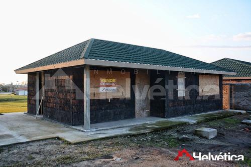 Casa En Nueva Helvecia - 2 Dorm / 2 Baños / 72m2 / 1071m2