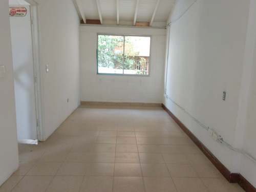 Imagen 1 de 8 de Oficina En Medellín El Poblado Los Parras
