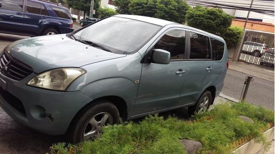 Mitsubishi 2008 Nitida Super Conomica Y Espaciosa