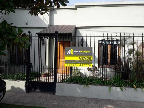 Casa Centrica En Lujan