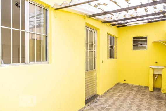 Casa Para Aluguel - Vila Re, 1 Quarto, 30 - 893033730