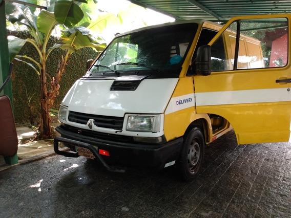 Renault Trafic 1998 2.2 Longo 5p