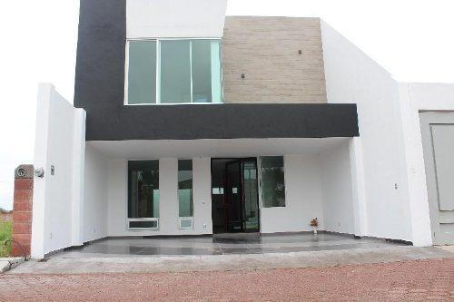 Casa En Condominio En Venta En Vista Hermosa, Cortazar, Guanajuato