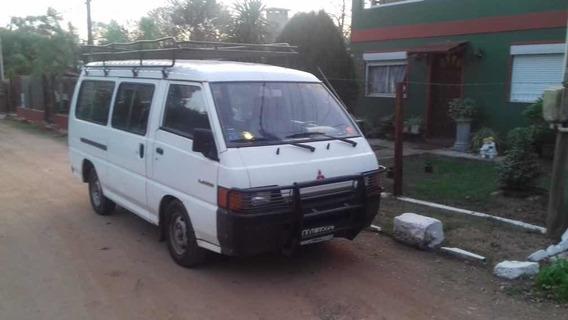 Mitsubishi L300 2.5 Minibus 1993