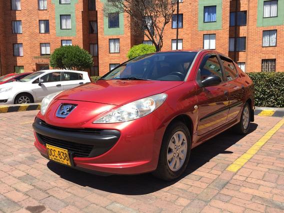 Peugeot 207 1.4 Sedan