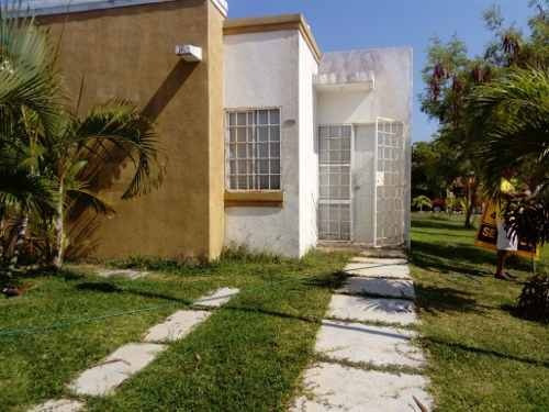 Bonita Casa En Real Del Palmar.