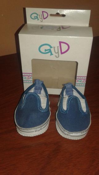 Zapatillas Para Bebe G Y D, Talle 15, En Caja