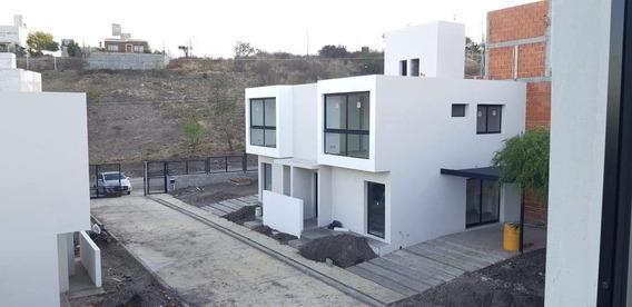 Venta Dúplex Housing 3 Dormitorios Cuesta Colorada