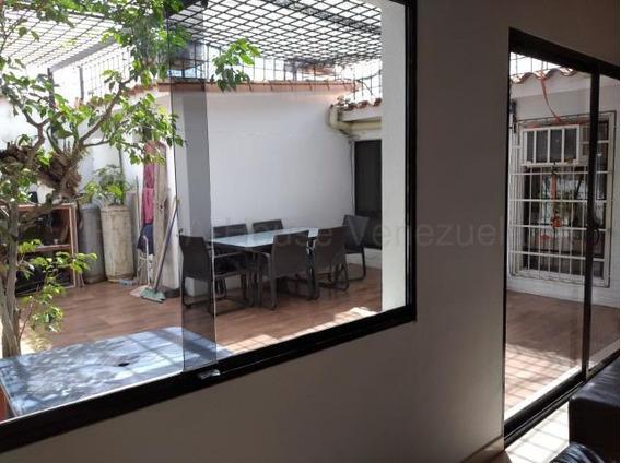 Casa En Venta Las Mercedes Cabudare Lara 20-8187