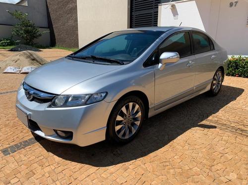Imagem 1 de 9 de Honda Civic Sedan Lxl 1.8 Prata 2011