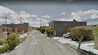 Casa Calle 6, Santa María, Tehuacan, Pue. , Rem. Hipotecario