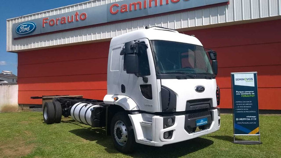 Ford Cargo 1723 Branco 2013 Chassi