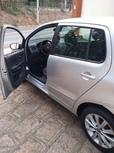 Imagem 1 de 15 de Volkswagen Fox 2011 1.6 Vht I-motion Total Flex 5p