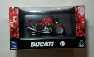 Moto A Escala 1/32 Ducati Sport 1000