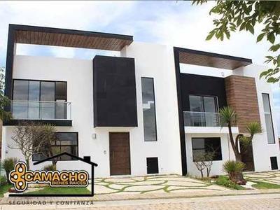Venta De Casa En Lomas De Angelópolis Opc-0239