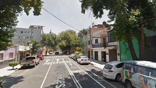 Casa En B. Juarez, Col. Independencia, Isabel La Católica