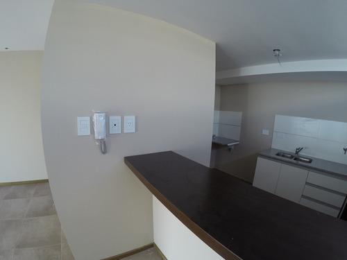Imagen 1 de 10 de Departamento 2 Dormitorios, Baño Y Toilette.- 42 E 8 Y 9