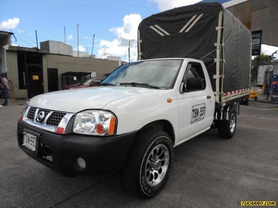 Nissan D-22 Np300 2.4cc 4x2 Mt Estacas