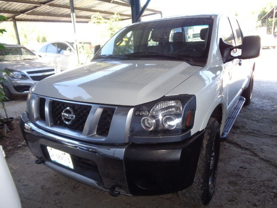 Camioneta Nissan Titan Crew Cab Pro-4x 4x4 2014