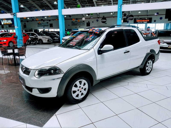 Fiat Strada Trekking 1.6 Cd Flex