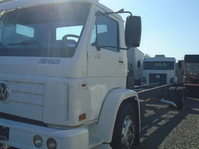 Vw 23210 23220 Truck Chassis Alongado 10 Mts