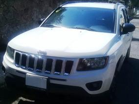 Jeep Compass 5p Latitud 5vel 4x2 Aut