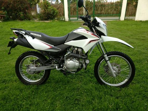 Honda Xr150l Con Solo 5800km