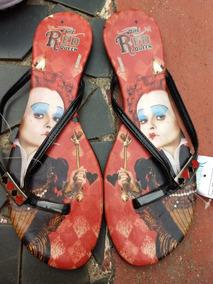 Sandália Rasteira Alice Wonderland - Rainha Vermelha - Usada