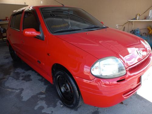 Imagem 1 de 12 de Renault Clio 2000 1.0 Rn 5p