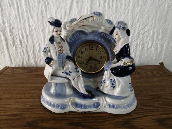 Reloj De Porcelana Antuguo