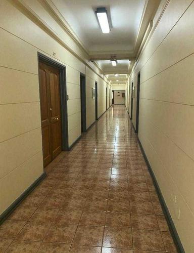 Oficina Ubicada En Huerfanos 812, Santiago Centro