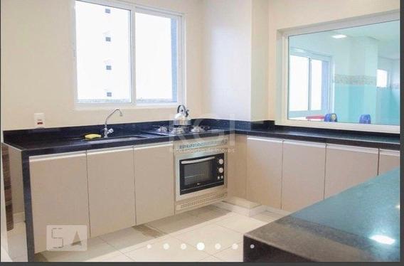 Apartamento Em Centro Com 2 Dormitórios - Ot7516